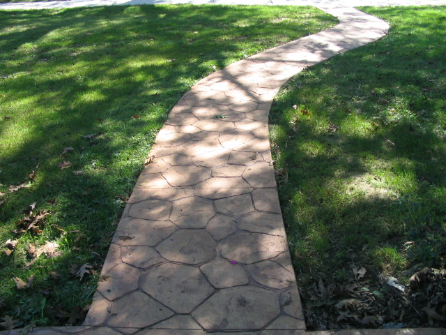 Random Stone walkway for a more natural look in Bexley