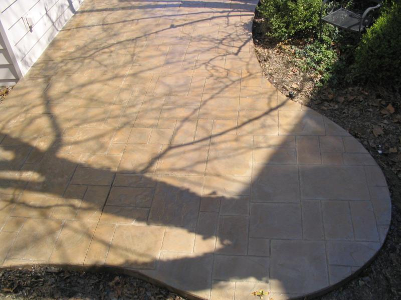 Slate patio in Upper Arlington, Ohio